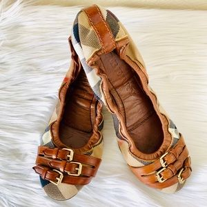 {Burberry} House Check Bridle Falcony Flats